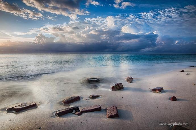 20130601-Brick Beach_01-w